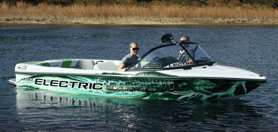 Ski nautique electric boat