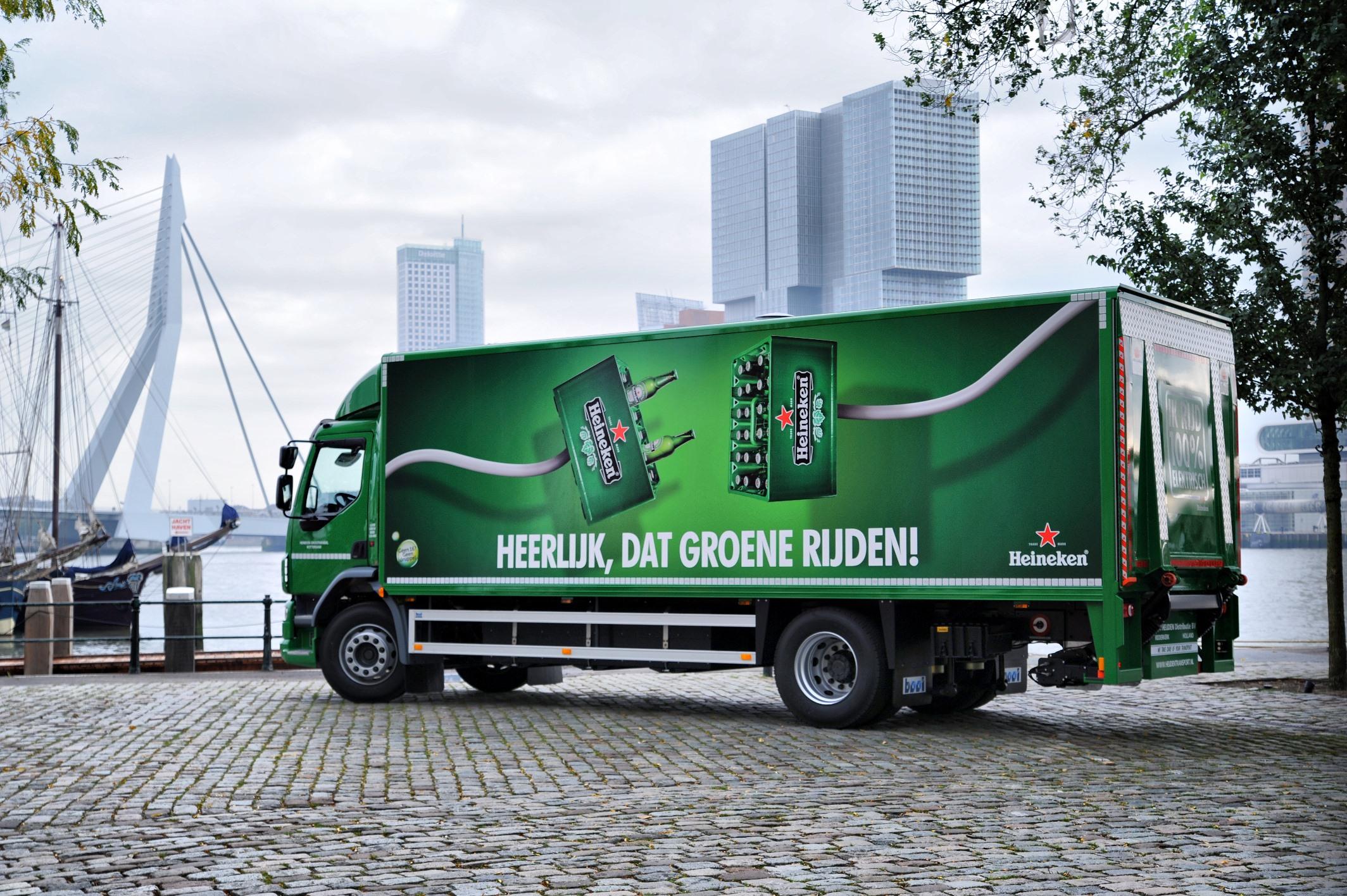 Emoss Heineken truck -
