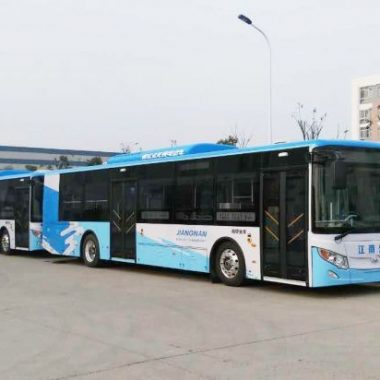 Electric bus in China powered by Dana TM4 electric drive system