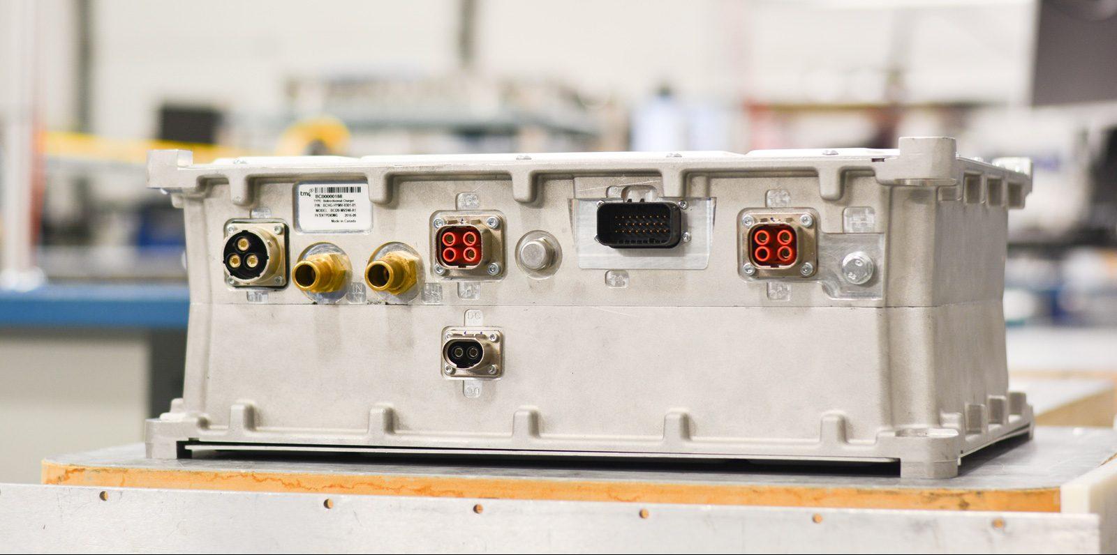 bci20-tm4-charger-inverter